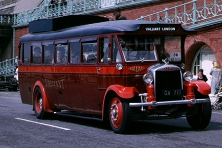 1931 Vaillant Direct Coaches Gilford 168OT GW-713