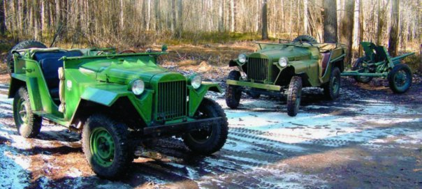 1943 GAZ-67, 4x4,г., right  GAZ-64, 4x4, 1942