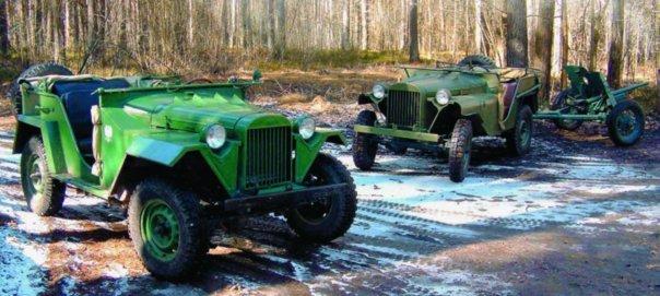 1943 GAZ-67, 4x4,г., right  GAZ-64, 4x4, 1942