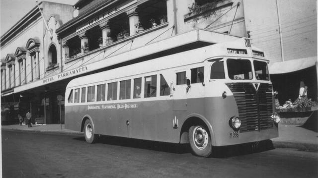 1955 Ford parramattabuscomo396aecly8 Australia