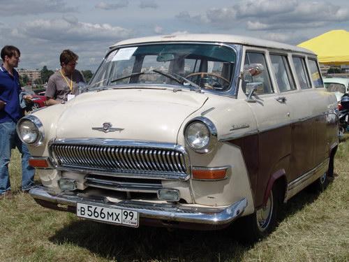 1960 GAZ-21 volga-bus
