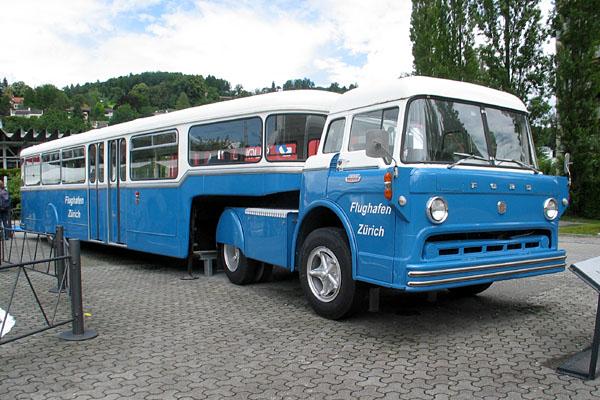 1965 Ford Opleggerbus Flughafen Zürich