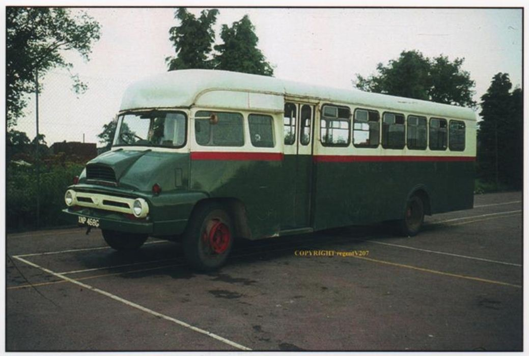 1967 ford thames-trader-bus-2