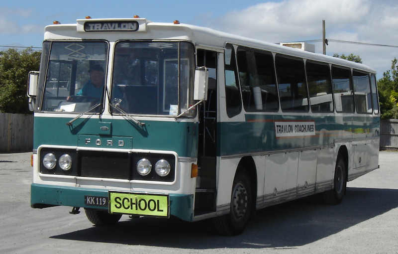 1976 Ford School Travlon1