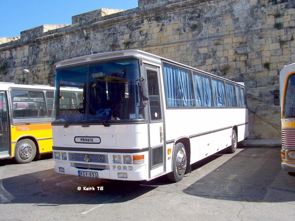 1992 Ford-Caetano CNV 333Y