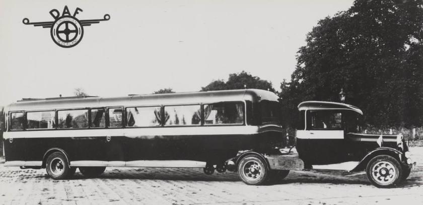 1936 DAF oplegger met REO trekker