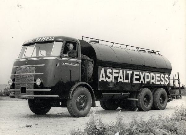 1947 DAF Commandant Asfaltexpress