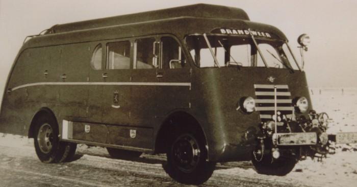 1950 Brandweer trucks DAF A50C360 tankautospuit met Van Bergen opbouw uit 1950 B-39004
