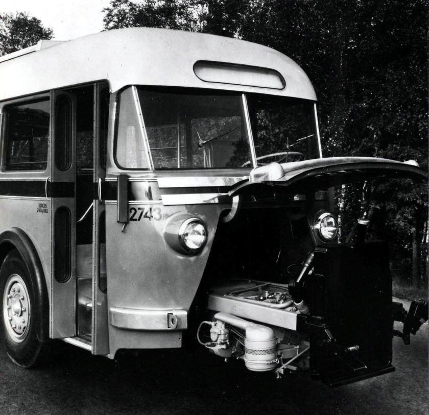 1950 DAF Autobus voor de NS met Waukesha uitschuifmotor