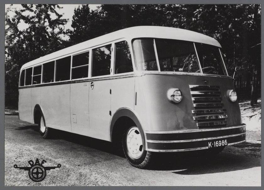 1950 DAF B1500 autobus uit Zeeland