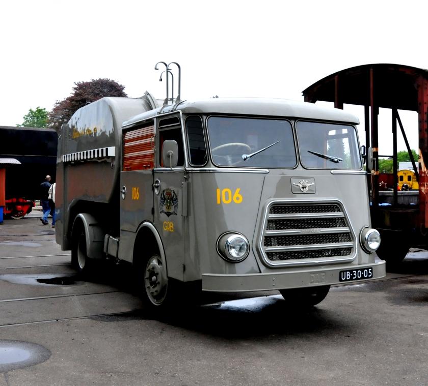 1952 DAF G1300 Vuilniswagen GRB 106 uit Groningen