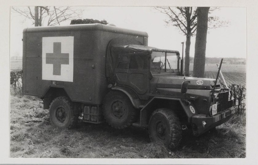 1952 DAF YA 126 Ambulance c