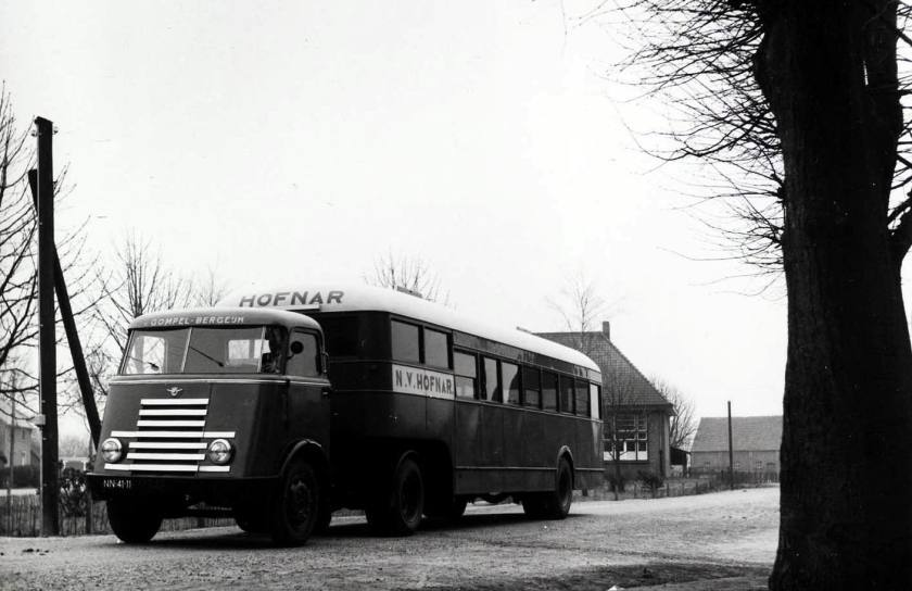 1954 DAF VD60 + DAF personenoplegger Hofnar