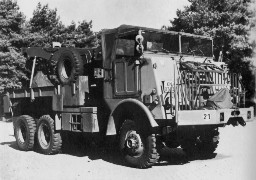 1955 DAF YB-626 Heavy Wrecker