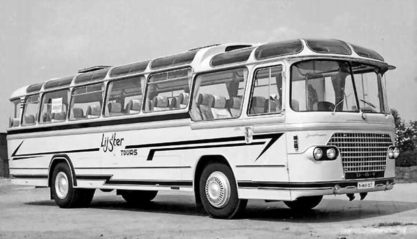 1958 DAF TB160DS520 (busnummers 20 en 21)