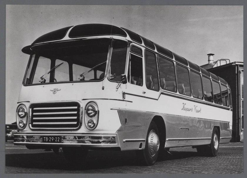1959 DAF autobus TB160D met Kusters opbouw