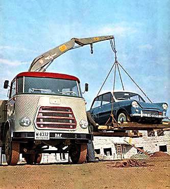 1959 DAF met daf 600 in kraan