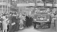 1964 DAF Productie van het vijftigduizendste truckchassis