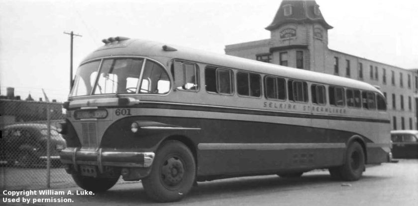 Bussen A(C)CF Brill Canadian Car & Foundry IC-41 Selkirk-GWTC601 streamliner2-foto-William A luke 1946