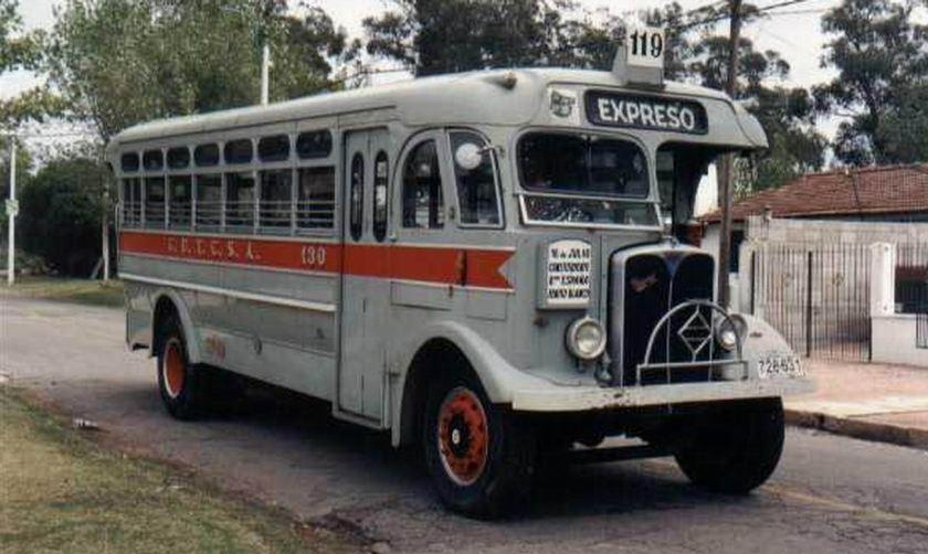 Bussen ACLO = AEC South America 1938 Uraguay a