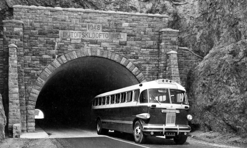 Canadian Brill Du Toit's Kloof Tunnel, Cape (1952) SA