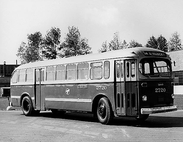 Canadian-Car-Brill Bus