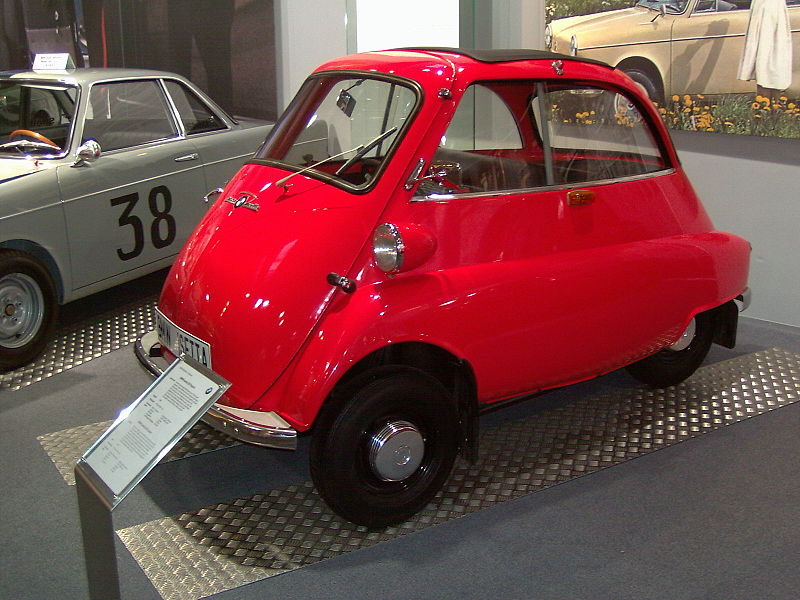 000a BMW Isetta Moto Coupe