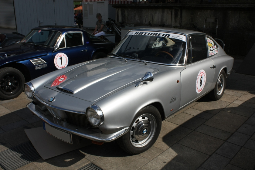 012 GLAS 1600 GT Front