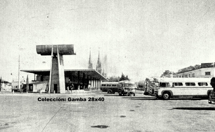 1960 Scania-Vabis B-71 & Mercedes-Benz  LO 1114 Decaroli