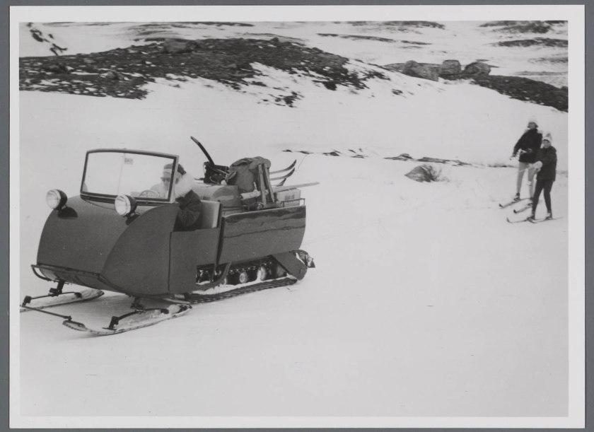 1965 DAF Conceptcar Rupsvoertuig met ski's voor