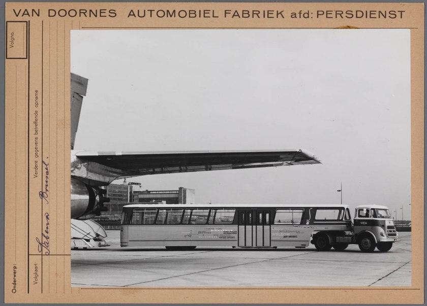1965 DAF T1600 trekker + DAF oplegger voor de SABENA