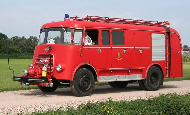 1967 DAF A1300BA360 met Berwi-van Bergen opbouw
