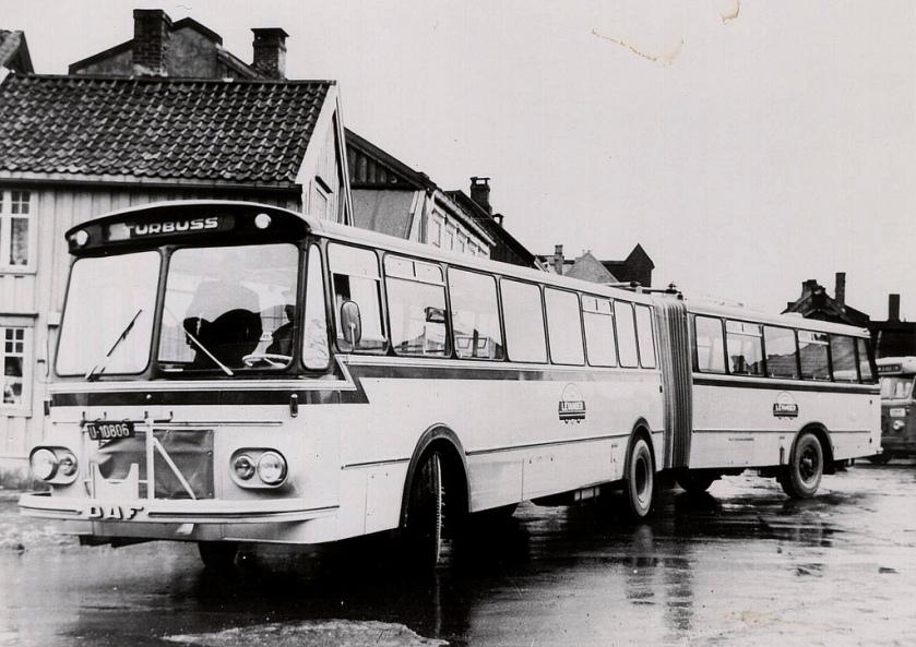 1967 DAF MBO - T. Knudsen Verlengde bus