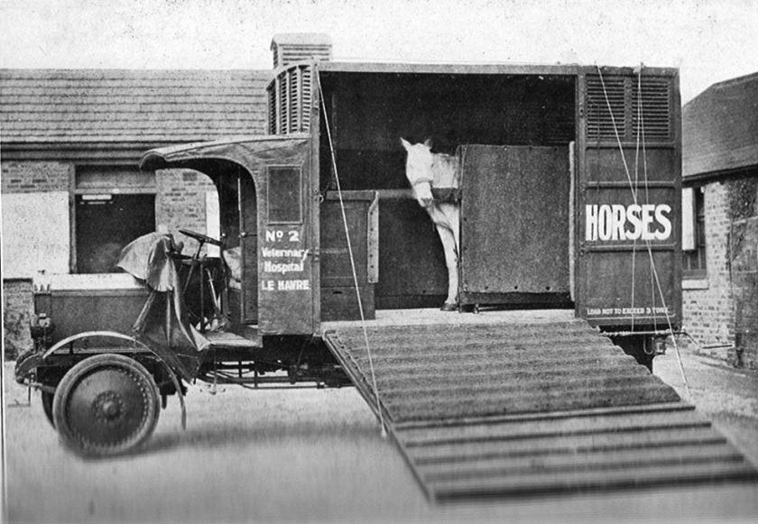 22 commer horse ambulance - disc wheel type