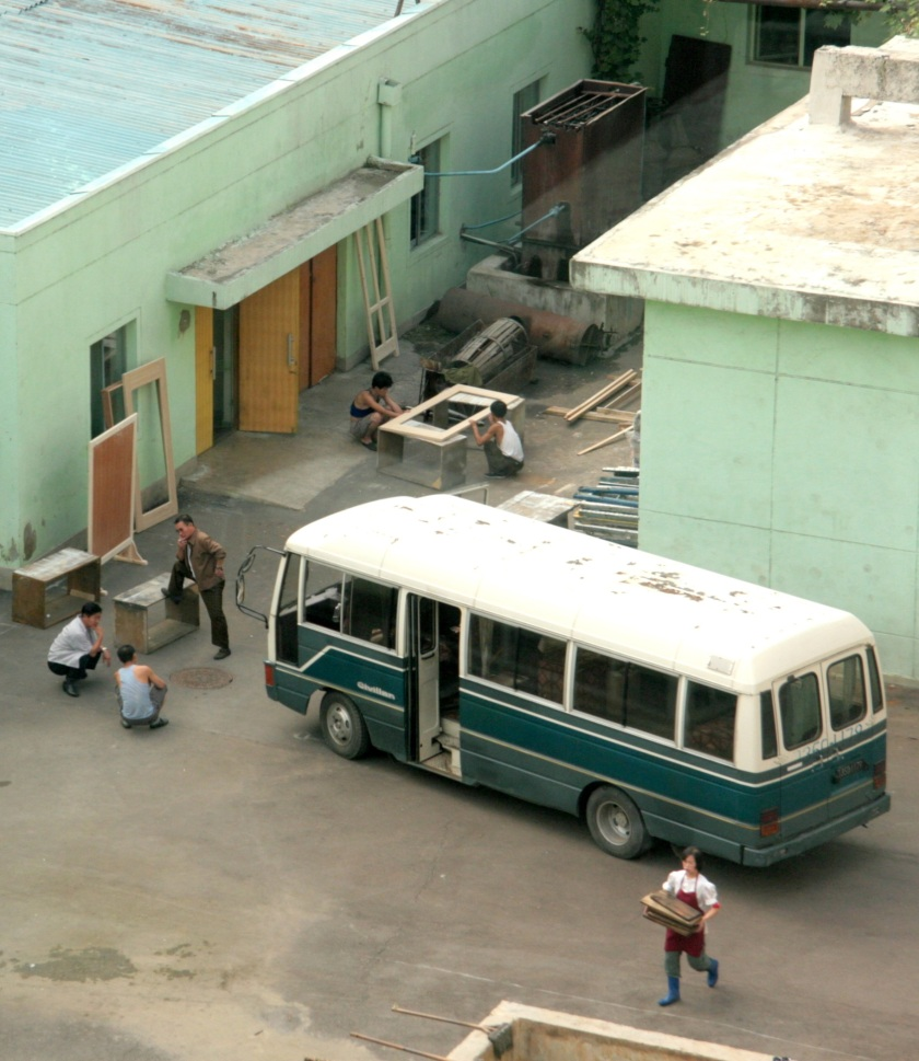 22 School bus in Pyongyang
