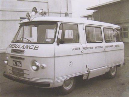 24 1962-Commer-van ambulance Australia web