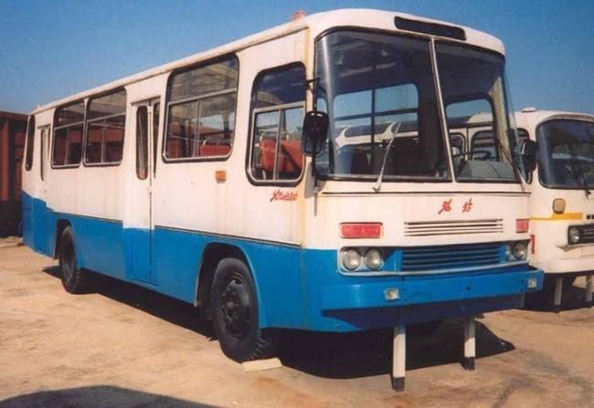 29 ② 집삼-88형 버스 (Jipsam-88 bus) 청진버스공장