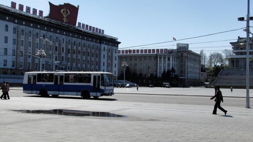 34 Trolleybus 210 Chongnyonjunwi 1 (Kim Il Sung square)