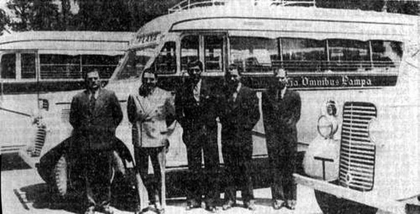 44 Bussen Commer carrozados por Gerónimo Gnecco b
