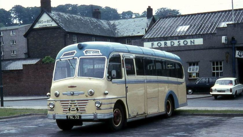 55 1952 Bussen Commer Avenger built in 1952 with Plaxton Envoy bodywork