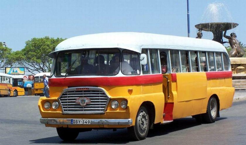 64 1939 Bussen Commer Leyland Barbara (1939) Malta