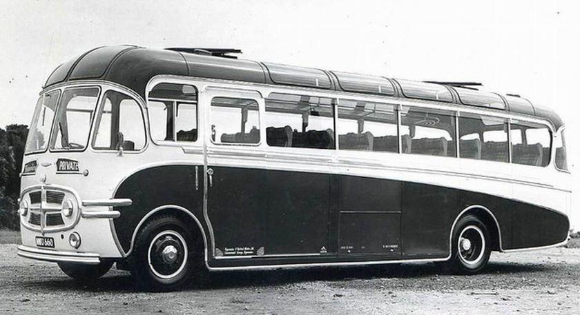 66 Bussen Commer Plaxton Venturer