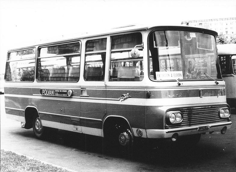 Bussen FIAT 625 R2P Barbi Pegaso Cammo