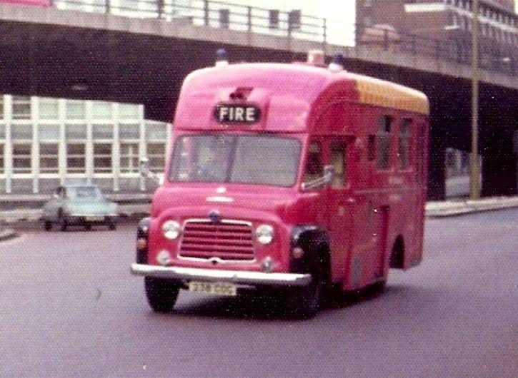 Commer Brandweer Ambulance