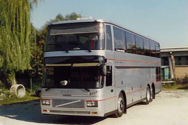 Volvo B10M C5 CARROZZERIA BARBI SPAa