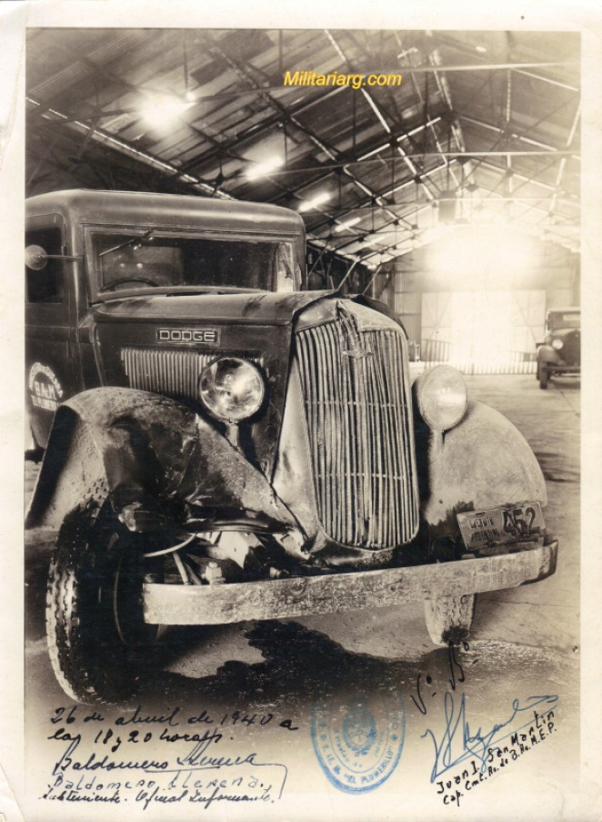 008a Dodge bus 1930-1939 after an accident
