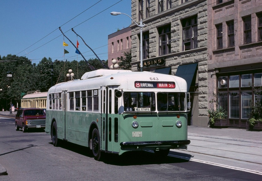 Seattle 1940 Twin Coach trolleybus 643 in 1990