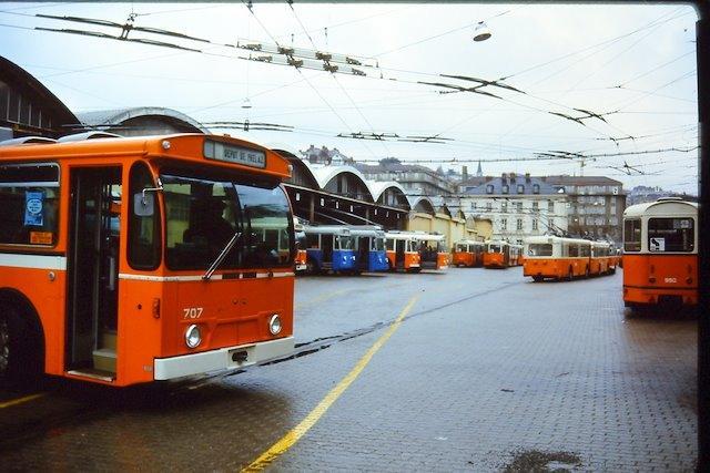 149 Le dépôt de Prelaz avec le FBW TR u 91 707 été 1986