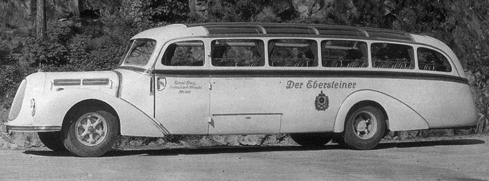 1937 Vornehmlich auf Mercedes-Fahrgestellen entstanden bei Drögmöller Stromlinienomnibusse. Auf dem Bild ein Mercedes O 3750
