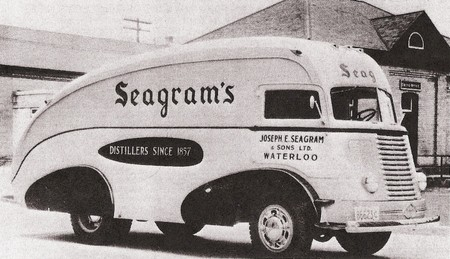 1938 seagrams DiamondT 01 resized